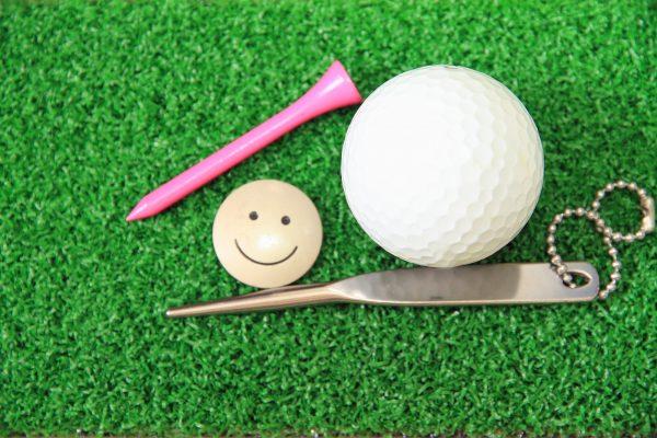 ボール マーカー ゴルフ